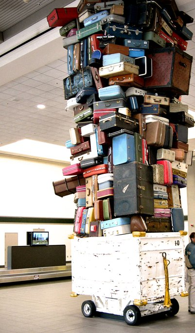 too_much_luggage_2
