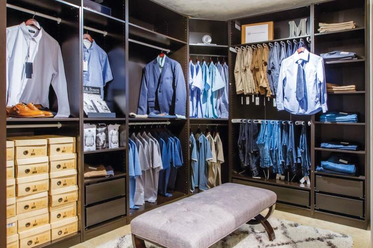 Marco's Men's Clothier (6)