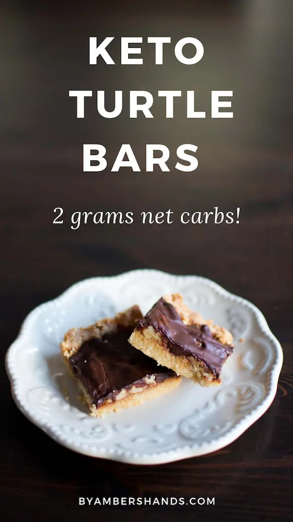 Chocolately, caramel pecan bites! These keto turtle bars clock in at only 2 grams of net carbs each! #lowcarb #keto #dessert #easy #bars