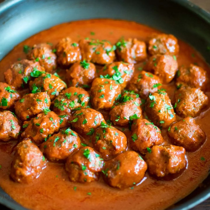Low Carb Tomato Braised Meatballs