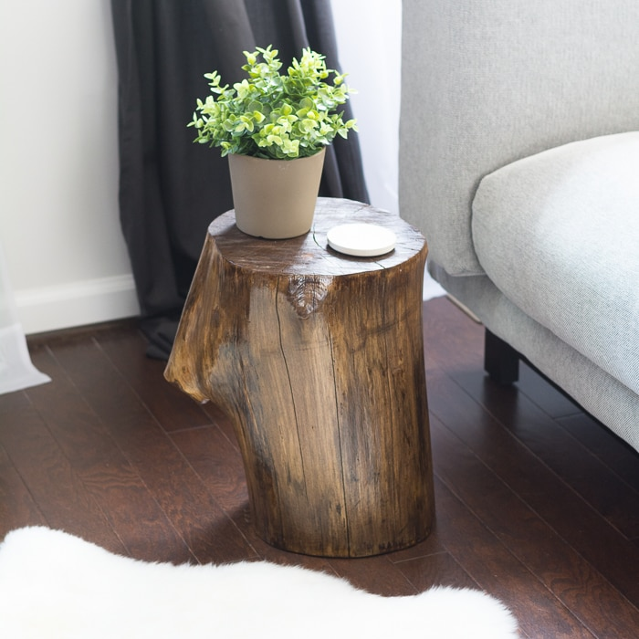 make a tree stump side table simply