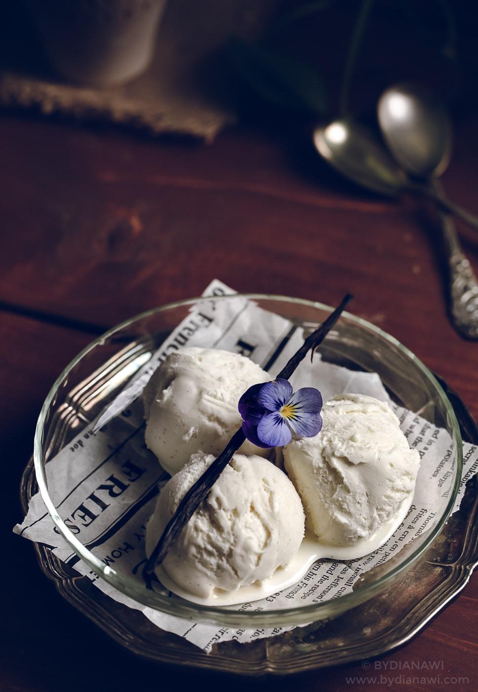 vaniljeis, vanilje is, ismaskine, mælkeis, hjemmelavet is opskrifter