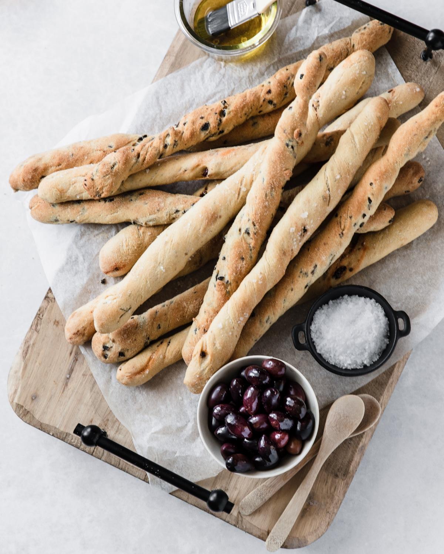 grissini, italienske brødstænger, tapas, ostebord, snack