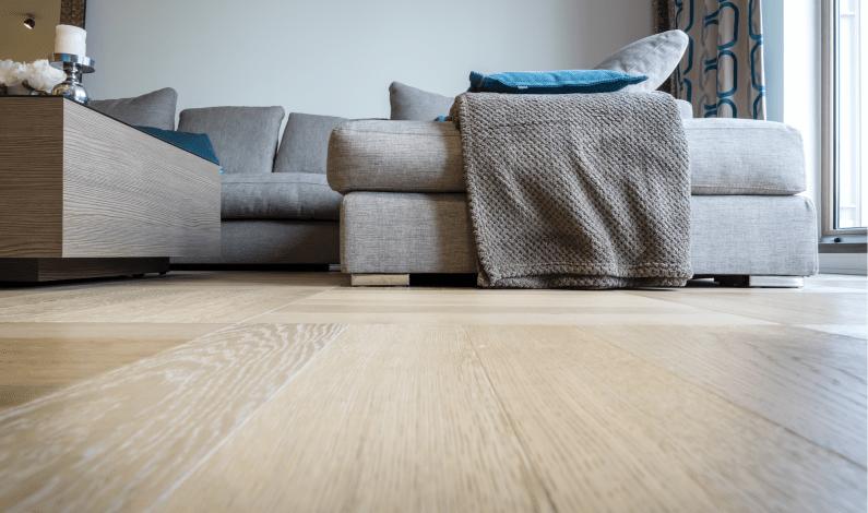 Přemýšlíte o nové podlaze do interiéru? Provedeme vás celým procesem od začátku až do konce.