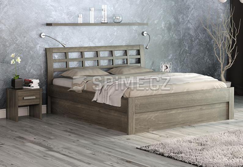 Pod postel se toho vejde hodně – úložný prostor ale potřebuje chytré řešení