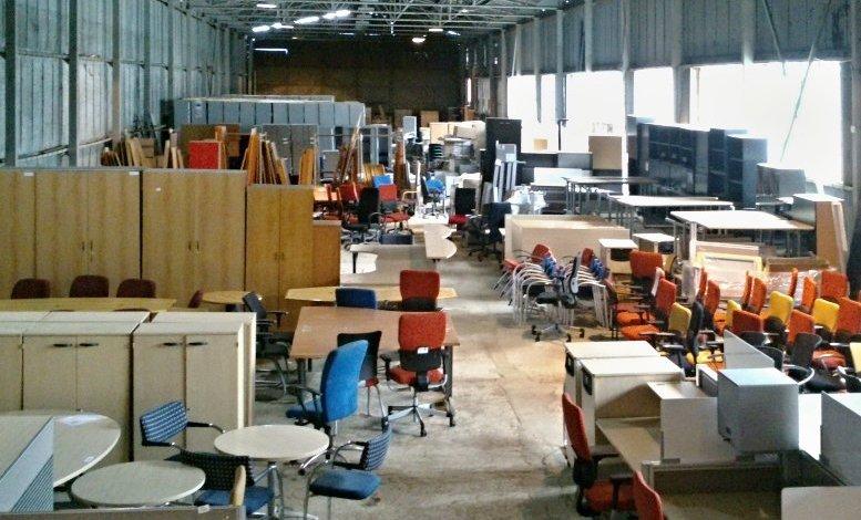 Znáte největší bazar s kancelářským nábytkem v ČR?