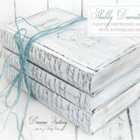 DIY Shabby Decorative Books