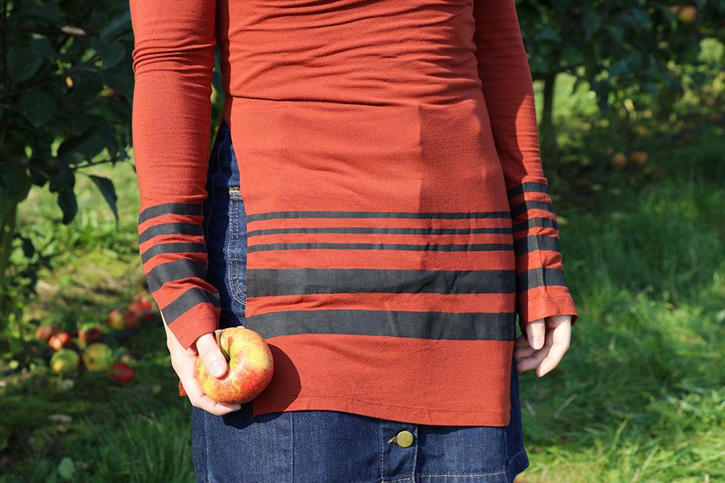Stoffarve diy - opdater din t-shirt med striber sådan