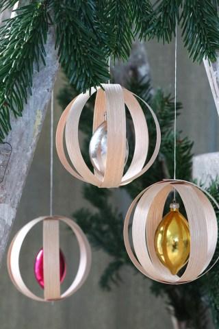DIY hjemmelavede julekugler med nordisk nostalgi