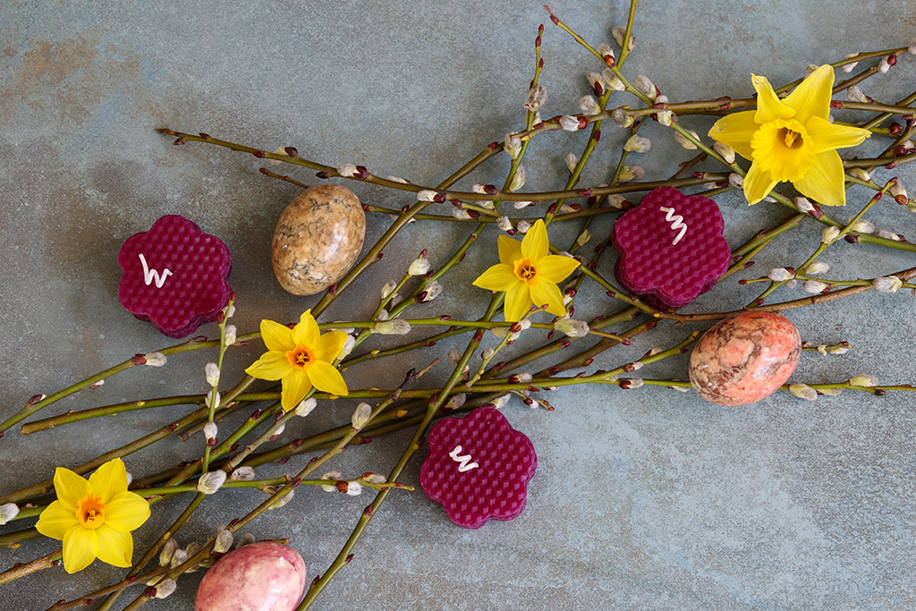 Dekorationer til påske - tre kreative idéer med bivokslys og genbrug