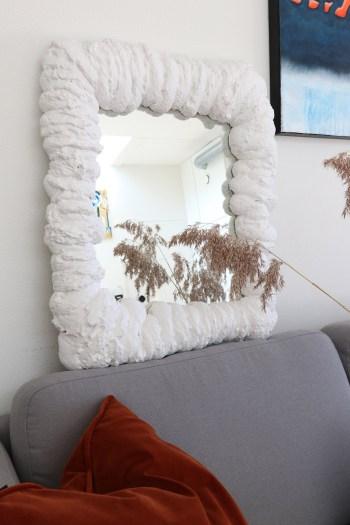 DIY spejl med fugemasse - sådan opgraderer du et genbrugsfund