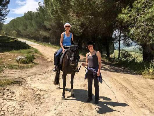Die Mutter kommt – Pferde reiten Ag