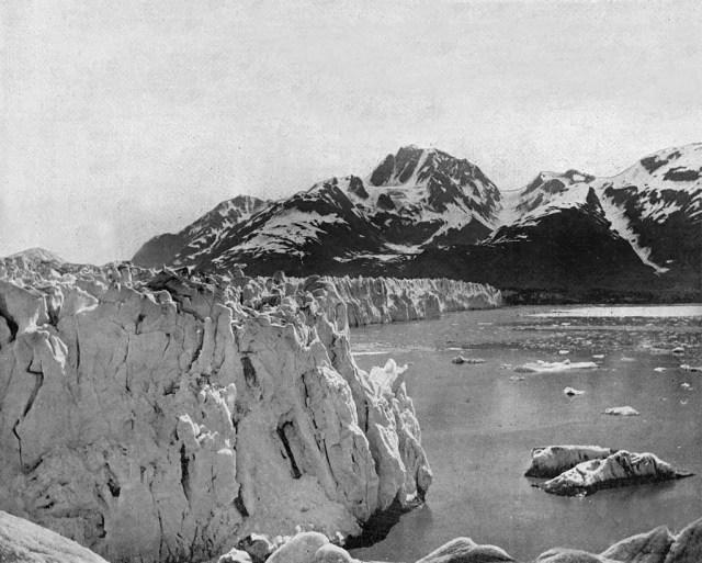 Muir glacier in Alaska, 1860s.