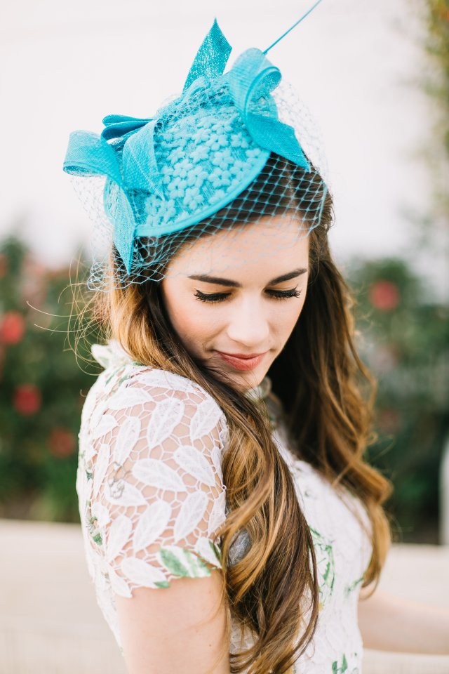 how-to-celebrate-the-kentucky derby | derby style | fascinator from nordstrom and dress from Chicwish | By, Hilary Rose Southern Blogger