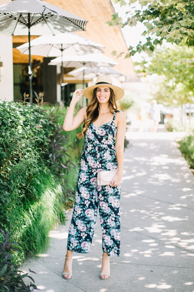 how to style a wide leg jumpsuit nordstrom lush eighties floral jumpsuit open back straw oversized fedora steve madden heels