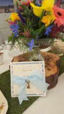alice-blue-bow-key-invitation