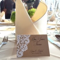 Kraft & doily place card 2-001