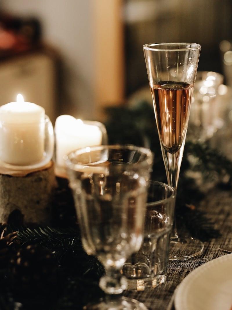 Repas de noël entre amies avec Toupargel blog lifestyle Lyon By Opaline champagne
