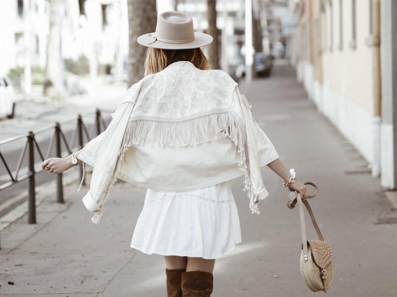 Look femme bohème printemps veste franges dos blog mode Lyon France By Opaline