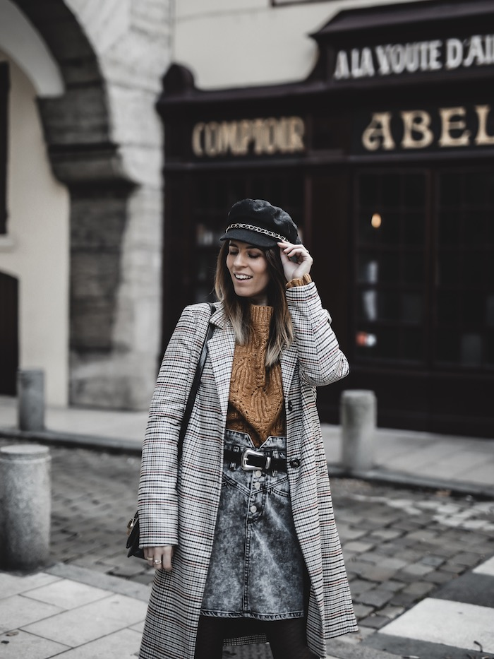 Inspiration look femme 2019 2020 manteau carreaux pull maille jaune jupe jean taille haute blog mode By Opaline Lyon France