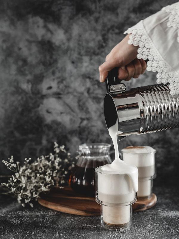 Recette chaï latte végétal vegan déborde