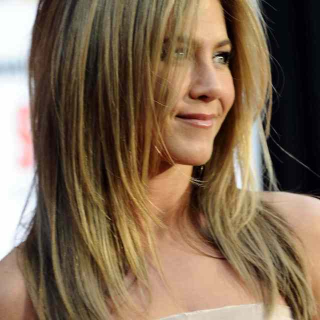 21 of jennifer aniston's most iconic hairstyles