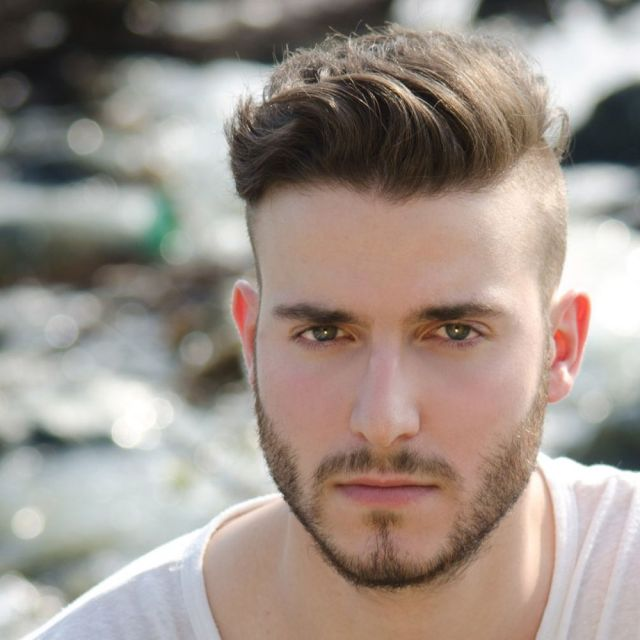 men's hair trend: short sides, disconnected top