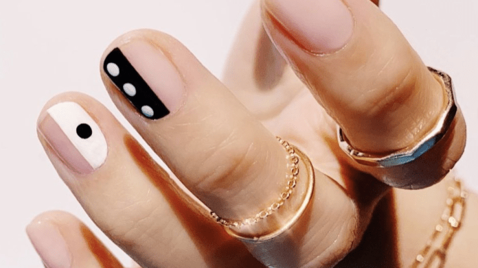 30 Shockingly Easy Nail Designs You Can Totally Do At Home