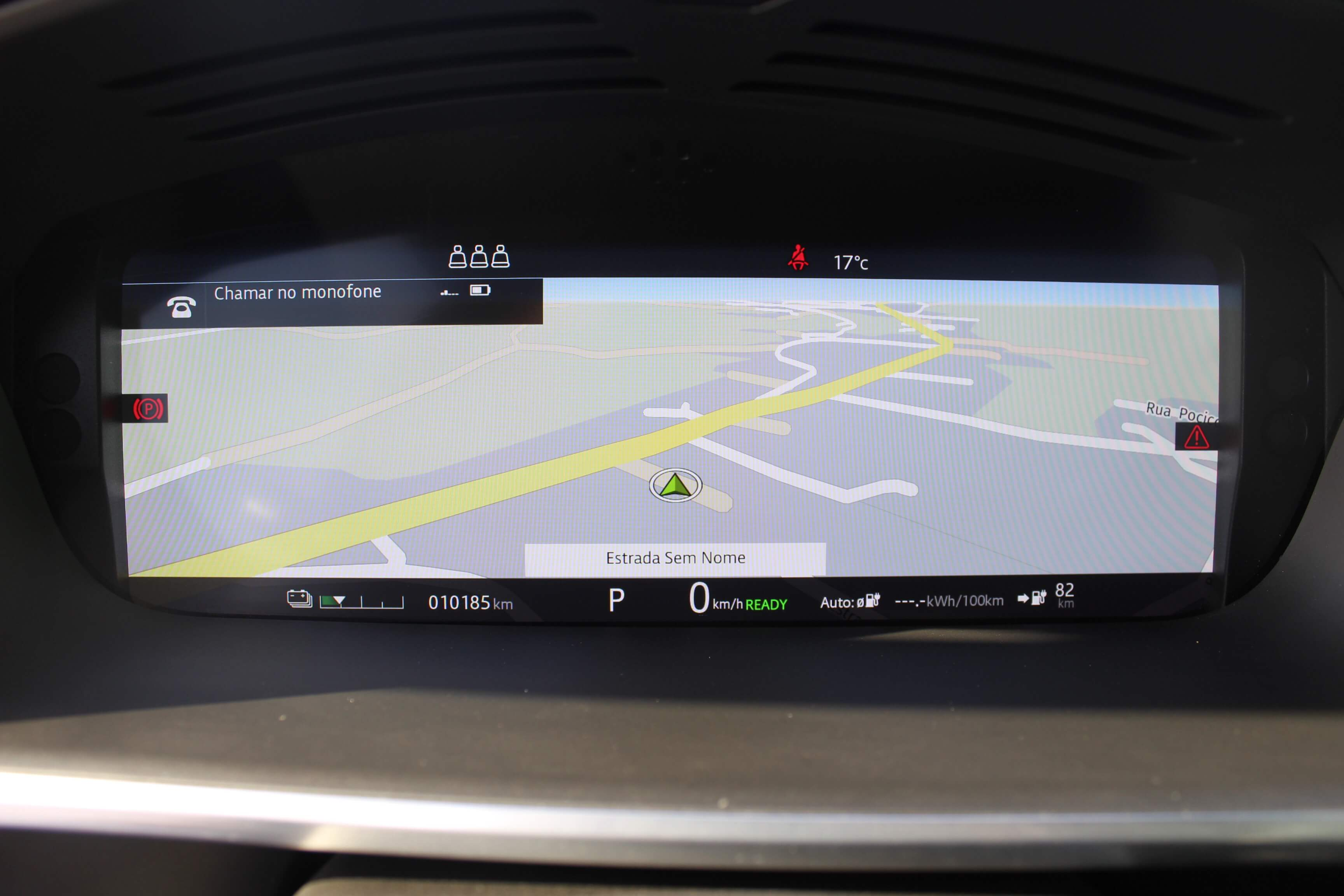 Cokpit virtual do I-Pace