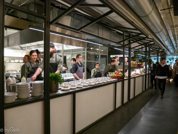 NENI Amsterdam Zuid Stadionplein Israelisch eten