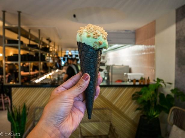 Avocado Show Downtown restaurant avocado ijs ice cream
