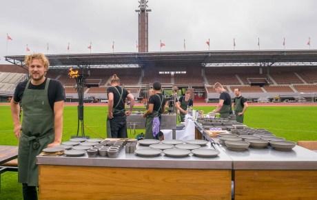 Restaurant Wils vuurt prachtige gerechten in het rond op de middenstip van het Olympisch Stadion