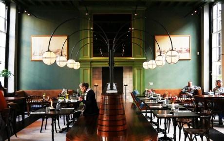Café Nieuw-Amsterdam het jongere zusje van Hannekes Boom en Cannibale Royale