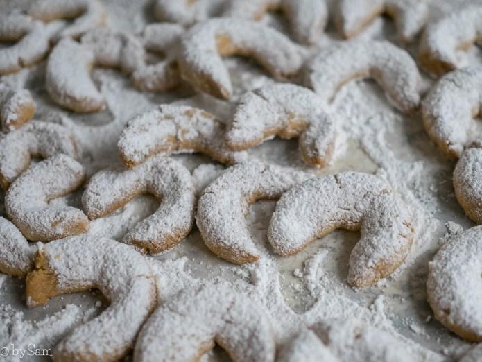 Kerstkoekjes bakken vanille kipfler hoorntjes