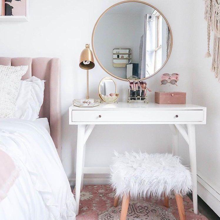 dressing table with fur stool