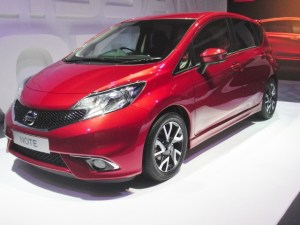Nissan-Note-2014-1