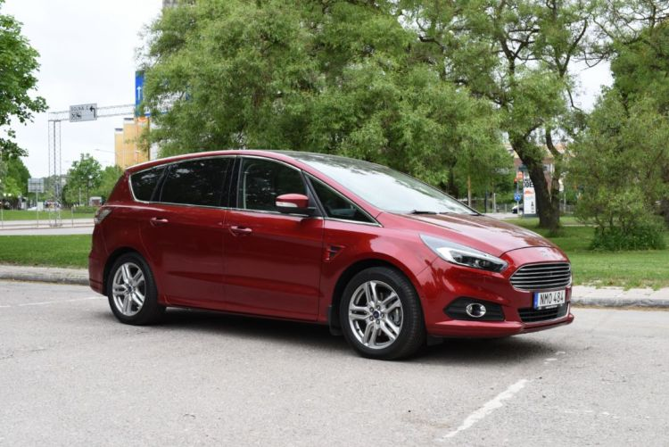 Ford s-max 2016 (9)