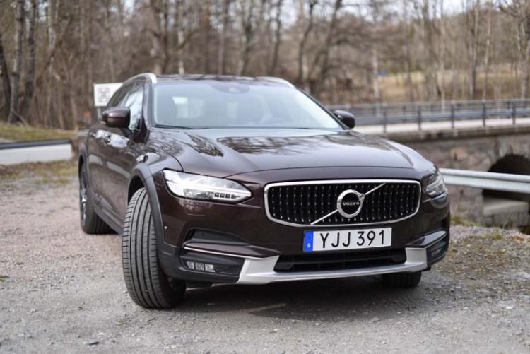 Volvo V90 CC 2017 (3)-k