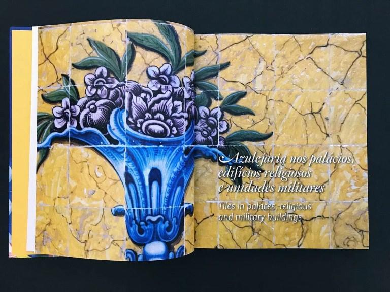 Duas páginas do nosso livro « Cores na Cidade Azulejaria de Belém »   Two pages …