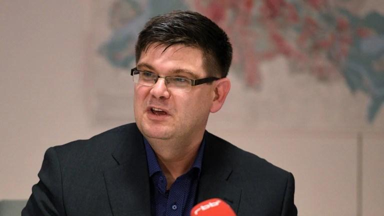 Seit Tagen wegen falscher Angaben in seinem Lebenslauf in der Kritik: Andrej Holm