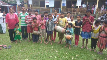 Children from Jorhat district's island village of Abani sapori were given colored pencils, and crayons on behalf of Rupal Desai and Dhiren Mehta from Ahmedabad,. A Bihu dance was organised at Abani sapori. The gifts were given according to their performances.