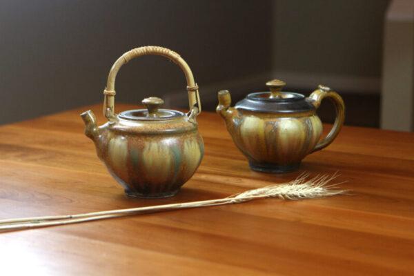 teapots by richard aerni