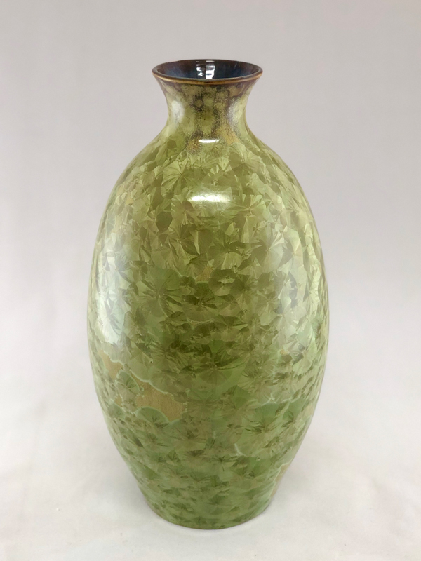 Side 1 - light green crystalline vase