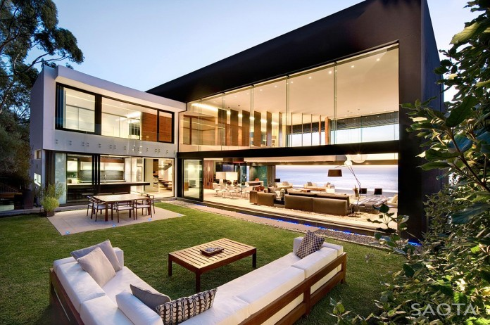 The top of the most beautiful modern houses ever built   CAANdesign     Nettleton 199 by SAOTA and OKHA Interiors