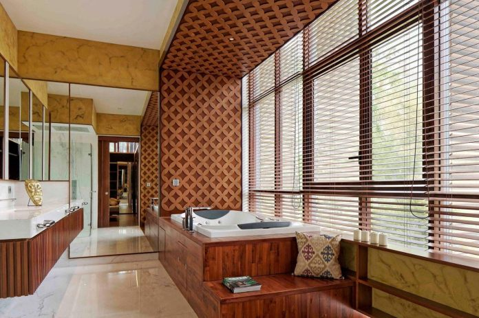 Denpassar Traditional Javanese House With A Modern Look