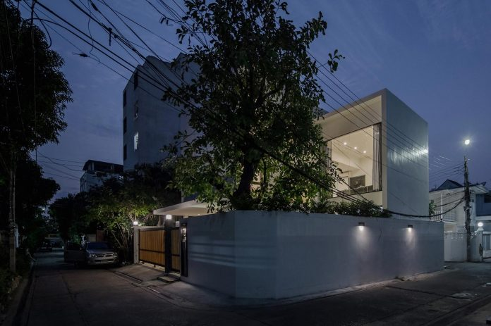kradoan-house-thiti-ophatsodsai-serenity-nature-urban-lifestyle-bangkok-36