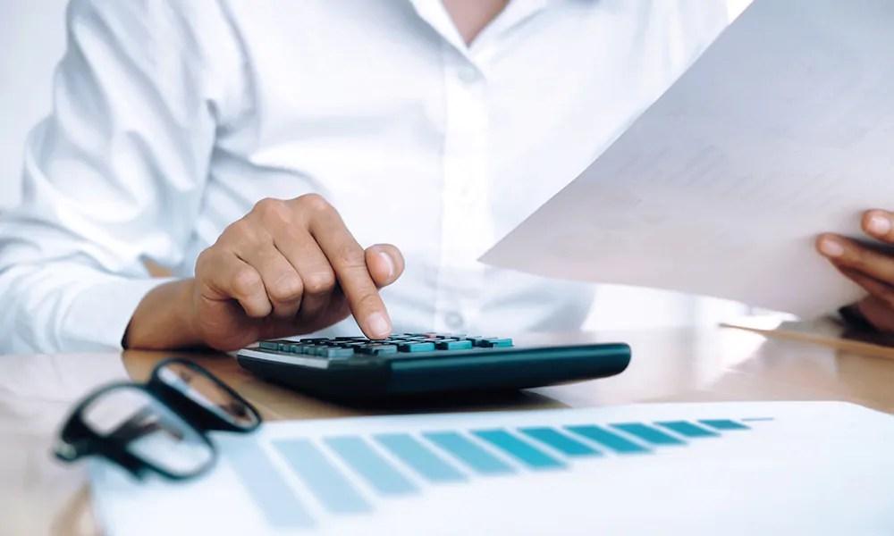 Calcul du taux d'assurance et comparaison