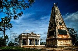 The tomb of Monsieur Raymond in Hyderabad. Note Illuminati obelisk.