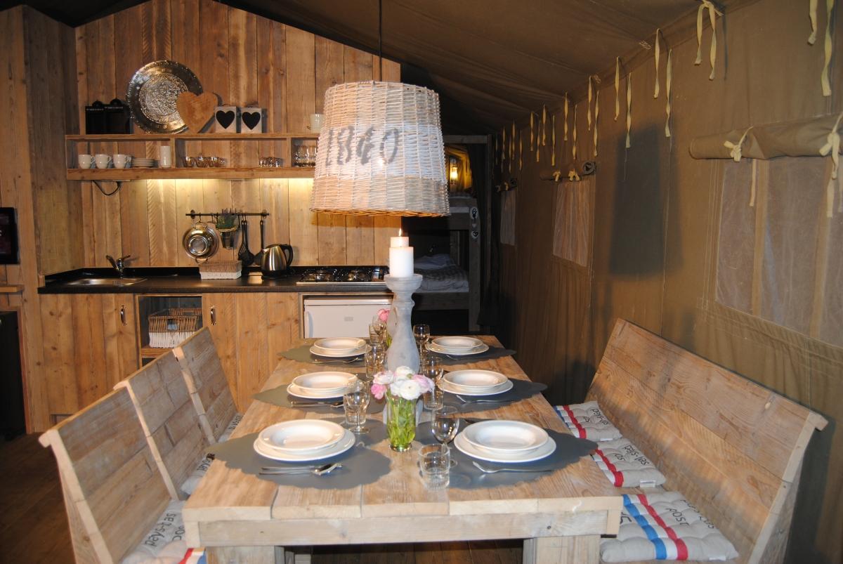 Safari Lodge Woody Cabanes Amp Co