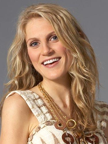 rb-long-blond-wavy-hair-17-0809-de